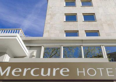Mercure Hotel Dortmund Centrum Haupteingang Logo