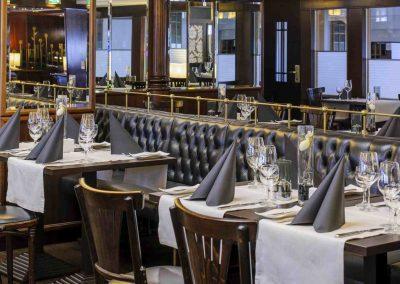 Mercure-Hotel-Dortmund-Centrum-Restaurant-Brasserie-Tische
