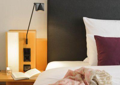 Mercure Hotel Dortmund Centrum Zimmer Queenbett Bettansicht