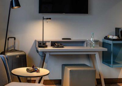 Mercure Hotel Dortmund Centrum Doppelzimmer Arbeitsbereich mit Sitzecke