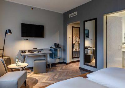 Mercure Hotel Dortmund Centrum Doppelzimmer Schreibtischansicht